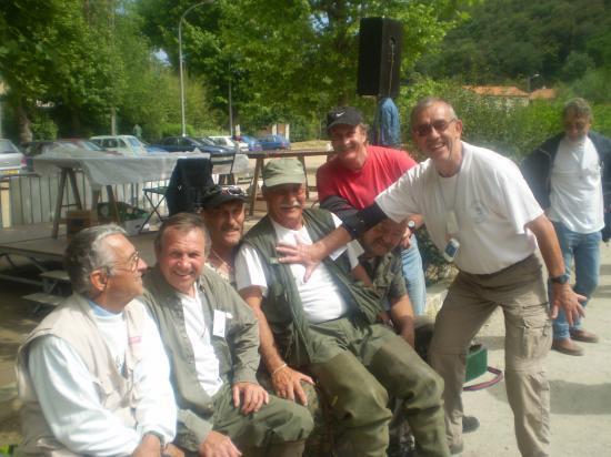 Une fine équipe sous l'oeil de notre maestro électricien Jean FIASELLA